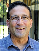 Dr. Howard Ochman, Associate Director